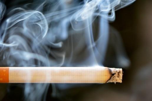 Koláž fajčenie